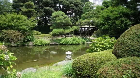 甘泉園公園内日本庭園@新宿