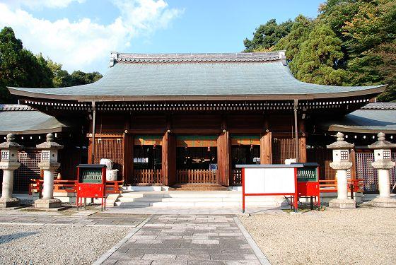 京都霊前護国神社