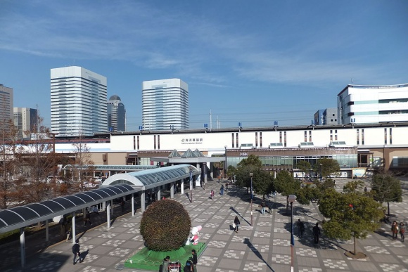 海浜幕張駅