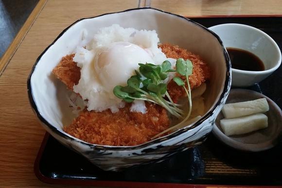 醤油カツ丼@梅林